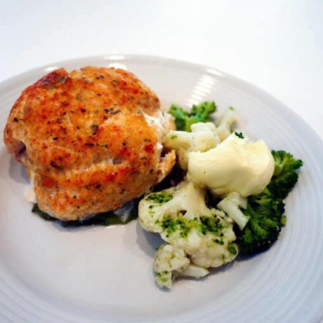 Stuffed Florentine Chicken steamed veggies and hollandaise keto healthy lchfhellip