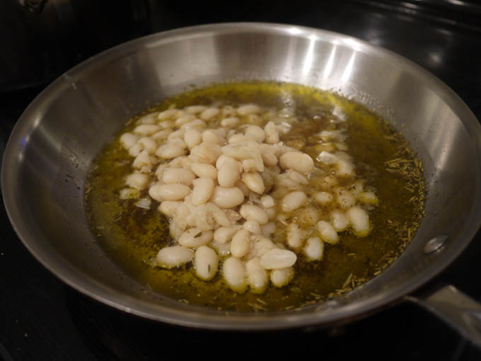white beans in garlic mixture