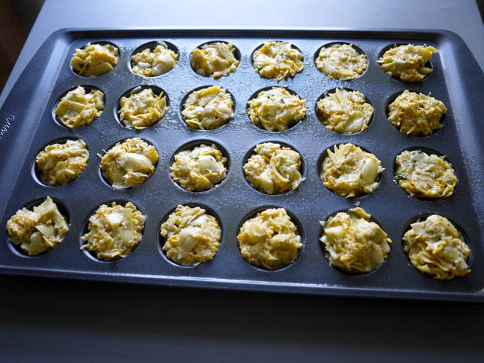 Cheesy Pesto Artichoke Bites